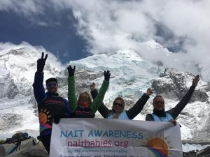Everest banner Scott Siobhan Amena Dean 2 use